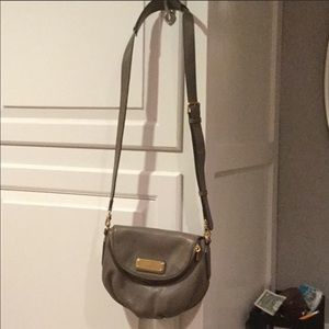 Marc Jacobs crossbody purse Taupe